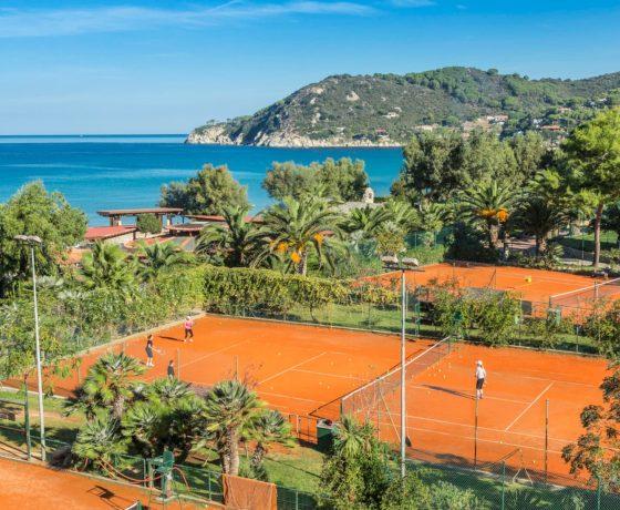Beachfront tennis vacations in Portoferraio, Italy (Hotel Hermitage)