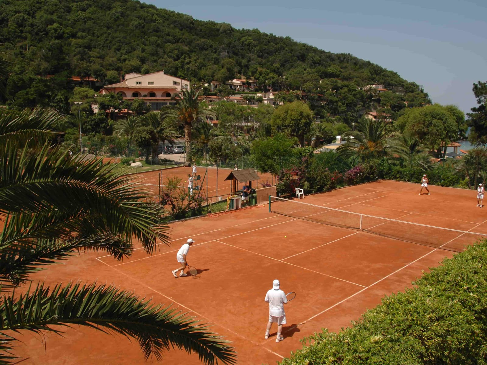 Hotel Hermitage Isola – one of the best tennis resorts for your tennis holidays in Portoferraio, Italy