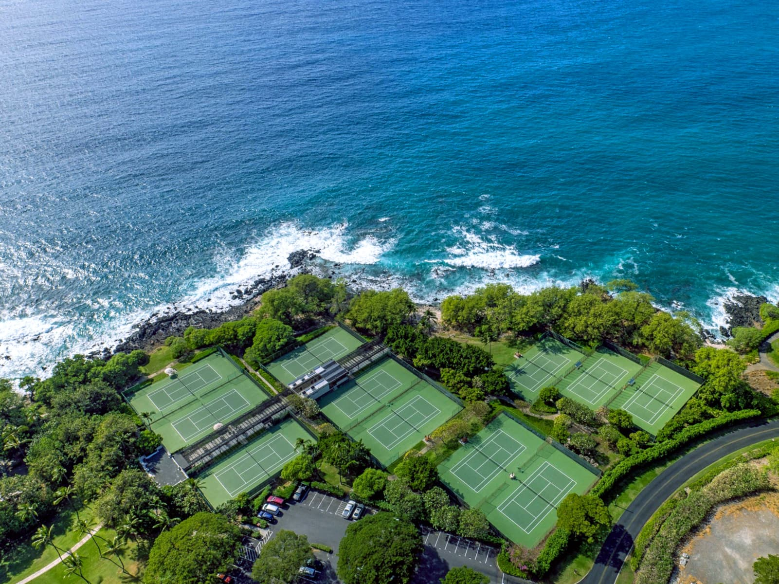 Mauna Kea Beach Hotel - one of the best tennis resorts for your tennis holidays in Hawaii