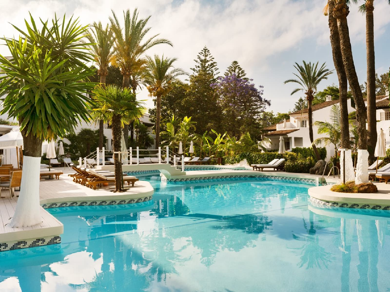 Puente Romano Beach Resort - one of the best tennis resorts for your tennis holidays in Marbella