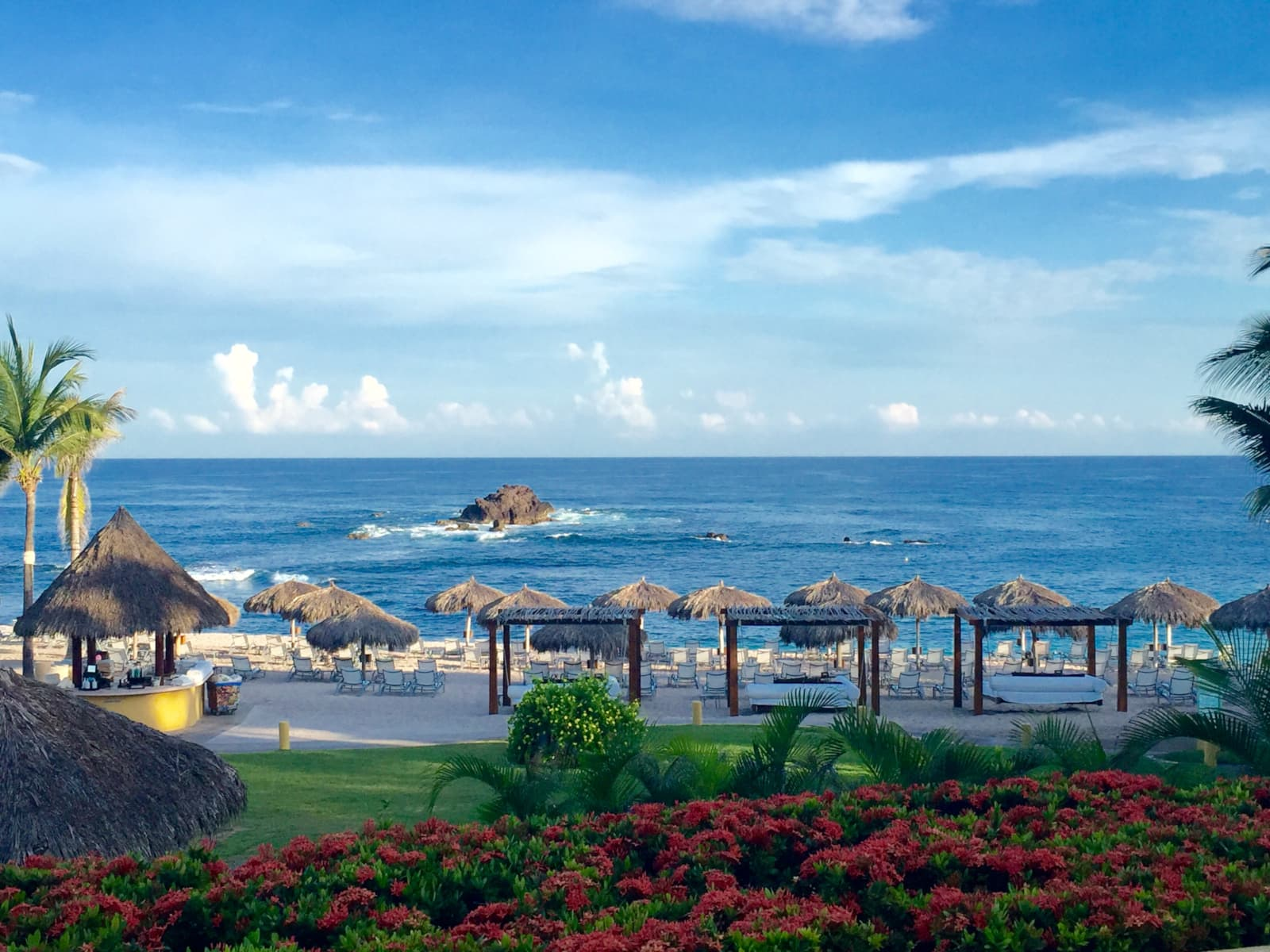 The Four Seasons Resort Punta Mita - one of the best tennis resorts for your tennis holidays in Mexico