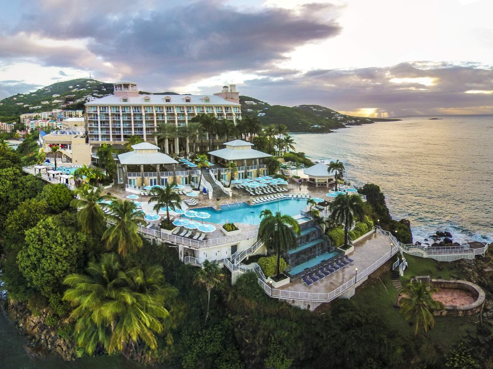 Frenchman Reef & Morning Star Marriott Beach Resort - one of the best tennis resorts for your tennis holidays in U.S. Virgin Islands