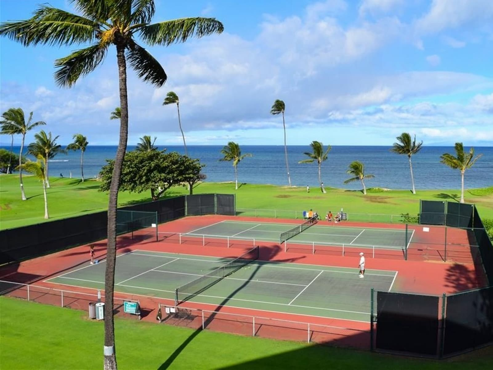 Maui Sunset - one of the best tennis resorts for your tennis holidays in Hawaii