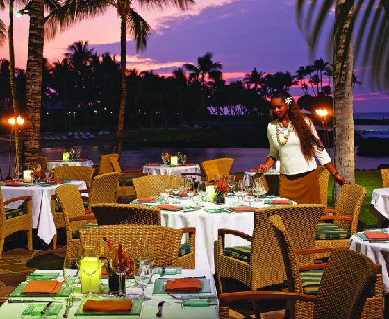 Restaurants & Bars - The Fairmont Orchid - one of the best tennis resorts for your tennis holidays in Hawaii