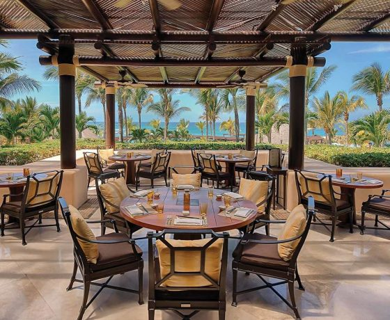 Restaurants & Bars - The Four Seasons Resort Punta Mita - one of the best tennis resorts for your tennis holidays in Nayarit (Mexico)