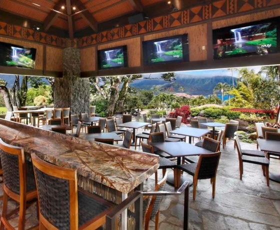 Restaurants & Bars - The Hanalei Bay Resort - one of the best tennis resorts for your tennis holidays in Hawaii