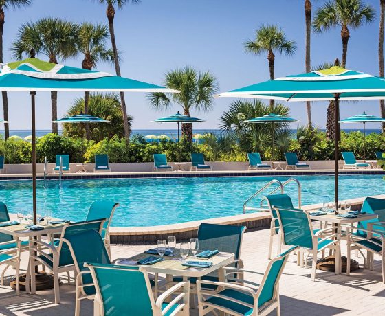 Restaurants & Bars - The Resort at Longboat Key Club - one of the best tennis resorts for your tennis holidays in Florida (USA)