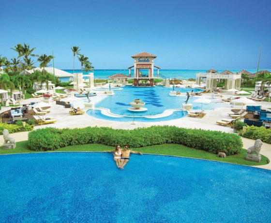 Reviews & Ratings - Sandals Emerald Bay - one of the best tennis resorts for your tennis holidays in Bahamas