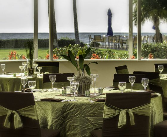 Wedding & Honeymoon - Naples Beach Hotel & Golf Club - one of the best tennis resorts for your tennis holidays in Florida (USA)