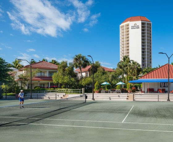 Tennis Program - Naples Grande Beach Resort - one of the best tennis resorts for your tennis holidays in Florida (USA)