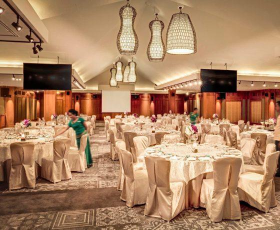 Wedding & Honeymoon - Outrigger Laguna Beach Resort - one of the best tennis resorts for your tennis holidays in Phuket (Thailand)